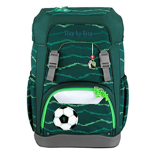 """Step by Step Giant Schulranzen-Set """"Soccer Star"""", 5-teilig, grün, ergonomischer Tornister mit Reflektoren, höhenverstellbar mit Hüft- und Brustgurt, für Jungen ab der 1. Klasse, 23 Liter"""